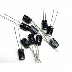 25x ELKO Kondensatoren 1uF-22uF , 5 Verschiedene jeder 5 Stück