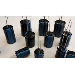 10x ELKO Kondensatoren 1000uF-4700uF , 5 Verschiedene jeder 2 Stück